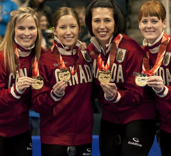 L'équipe du Canada pour Sotchi: De gauche, Jennifer Jones, Kaitlyn Lawes, Jill Officer et Dawn McEwen. (Photo, ACC / Michael Burns)