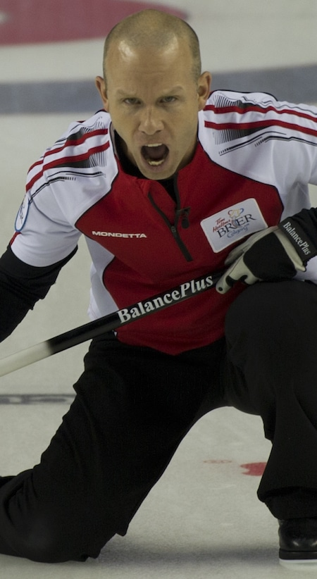 Team Canada skip Pat Simmons shouts instructions to his sweepers. (Photo, Curling Canada/Michael Burns)