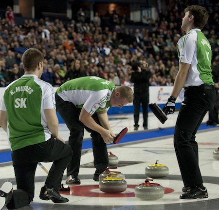 Team Saskatchewan reacts to its final shot in the 11th end barely missing. (Photo, Curling Canada/Michael Burns)