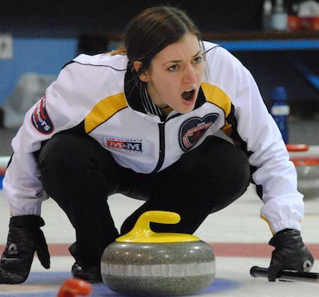 Manitoba skip Beth Peterson encourages her sweepers. (Photo, Amanda Rumboldt)