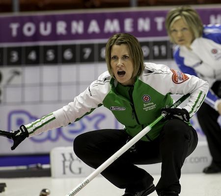 Saskatchewan skip Stefanie Lawton shouts instructions to sweepers. (Photo, CCA/Andrew Klaver