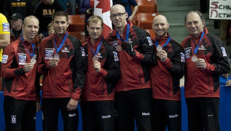 Team Canada, 2015 Ford Worlds bronze-medallists, from left, skip Pat Simmons, third John Morris, second Carter Rycroft, lead Nolan Thiessen, alternate Tom Sallows, coach Earle Morris. (Photo, Curling Canada/Michael Burns)