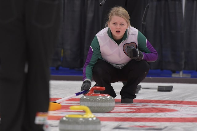 Prince Edward Island skip Veronica Smith calls the line during action at the 2017 Canadian Mixed Curling Championship in Yarmouth, N.S. (Curling Canada photo)