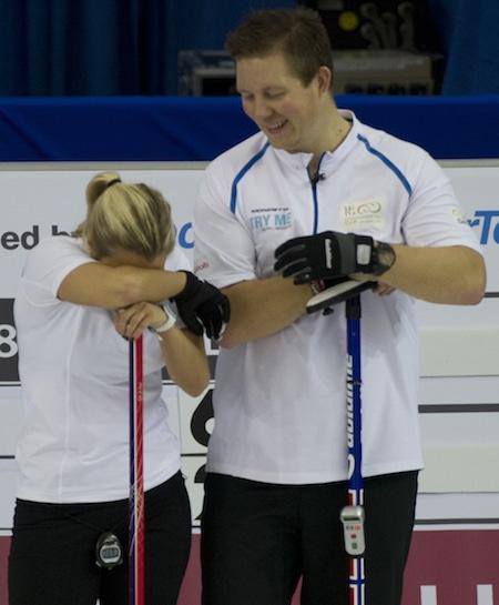 Anna Sloan et Christoffer Svae se amusaient samedi matin. (Photo, ACC / Michael Burns)