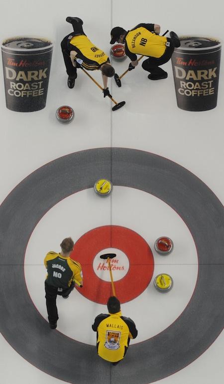 Nord de l'Ontario a maintenu sa fiche parfaite avec une victoire sur le Nouveau-Brunswick, le mercredi matin. (Photo, Curling Canada / Michael Burns)