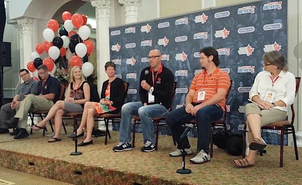 Plusieurs des meilleurs esprits et les partisans de curling se réuniront au Blue Mountain Resort en Juin pour le Sommet 2015 de curling.