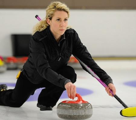 Ashley Quick a participé aux trois dernières Doubles mixtes Essais canadiens et sera axé sur la discipline double mixte lors de la saison 2015-16. (Photo, gracieuseté Claudette Bockstael)