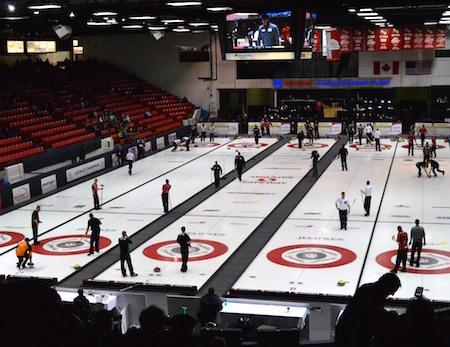 Westman Communications Group Lieu a été l'hôte du championnat 2015 du Manitoba hommes.