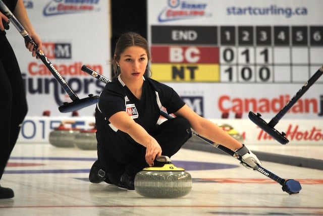 Karlee Burgess throws second stones for team Nova Scotia at the 2015 M&M Meat Shops Canadian Juniors (Curling Canada/Amanda Rumboldt Photo)