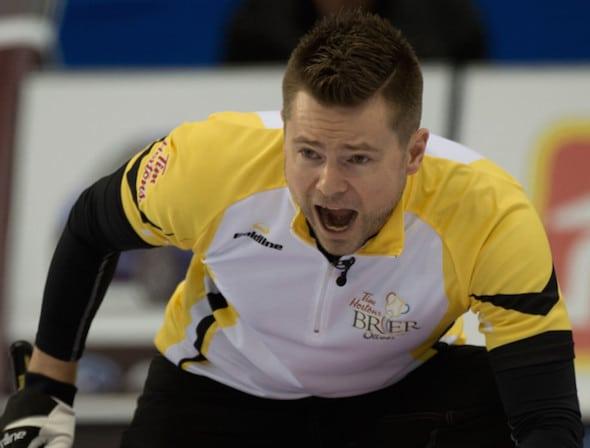 L'équipe du Manitoba Mike McEwen continue à bien jouer au Brier Tim Hortons 2016. (Photo, Curling Canada / Michael Burns)