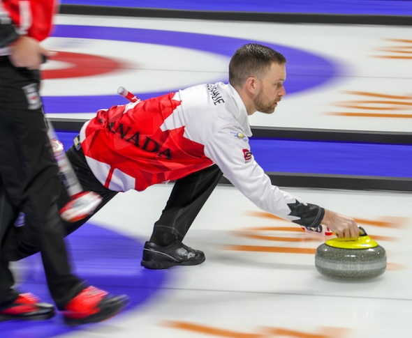 Team Canada heads into playoffs on winning note at World Men's Curling Championship | Curling Canada