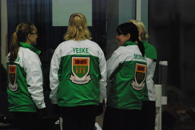 Saskatchewan women into the playoffs at The Dominion Curling Club Championship