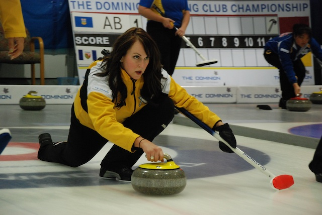 Playoff race heats up at The Dominion Curling Club Championship