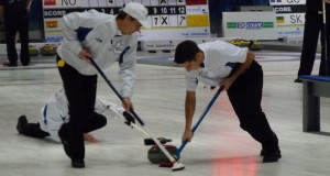 BC's Hodder back into the fight at The Dominion Curling Club Championship