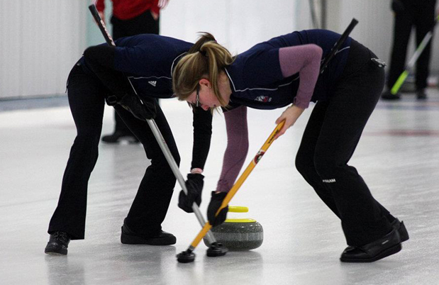 Down to four teams at CIS/CCA Curling Championships