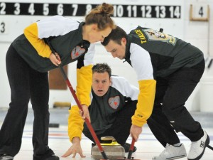 Two Tied For 1st at Mixed – Ontario One Game Back