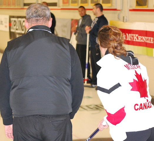 Curlers Give Back at the SCI Ontario Curling Classic