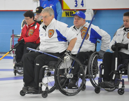 Alberta and B.C. bring the leaders back to the pack at wheelchair curling nationals
