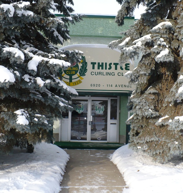 Le plus ancien club de curling d'Edmonton, le chardon, sera l'hôte de de 2015 hommes seniors canadiens et les Championnats de curling féminin. (Photo, courtoisie Thistle Curling Club)