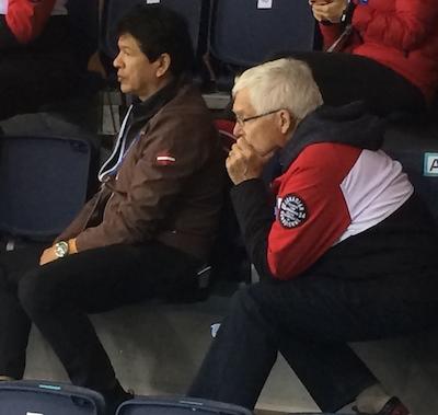 eux entraîneurs de la Soo! Ted Nolan, à gauche, est entraîneur de l'équipe de hockey masculin de la Lettonie (en plus de son poste d'entraîneur intérimaire avec les Sabres de Buffalo), tandis que Tom Coulterman est entraîneur canadien pour hommes curling équipe de Brad Jacobs.