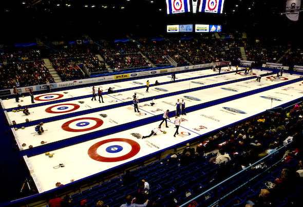 CCA's first national curling summit begins Monday in Niagara Falls (CCA)